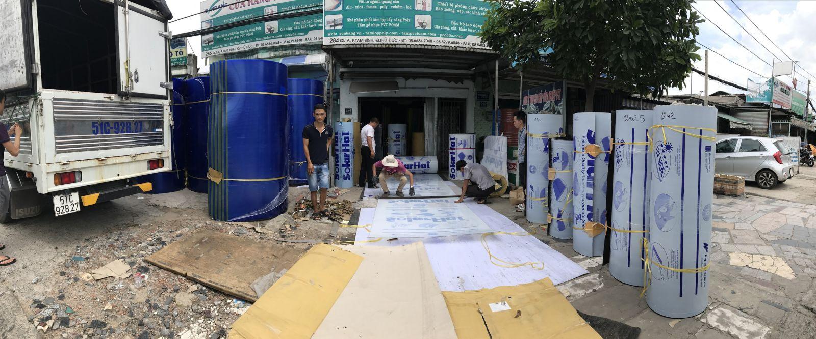 Tìm đại lý bán tấm lợp lấy sáng ở Đông Nam Bộ