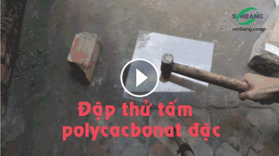 Video thử độ cứng của tấm lợp poly