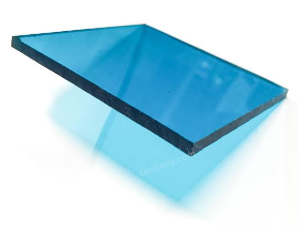 Tấm lợp polycarbonate đặc ruột 5mm nhựa lấy sáng
